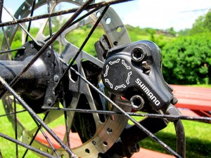 Easily fix squealing mtb brakes