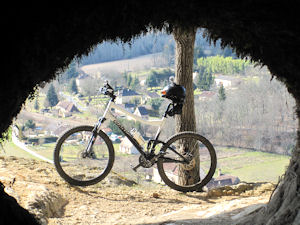 Mountain biking in the Dordogne